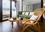 Bán căn hộ Mường Thanh Sơn Trà, 2 phòng ngủ, view nhìn Biển. Giá: 2.4 Tỷ. 0905358699